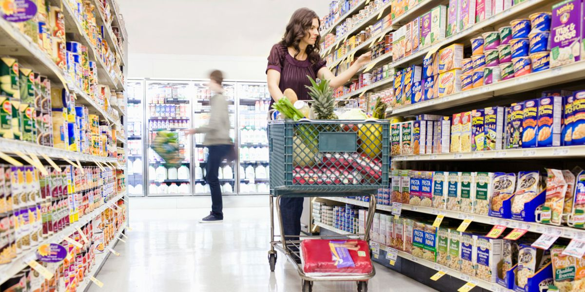 10 Tips For Healthier Grocery Shopping, From The Nutrition Experts Who Know Best