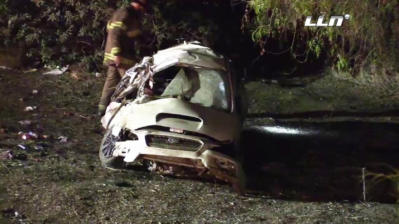 woman 27 dies in car crash