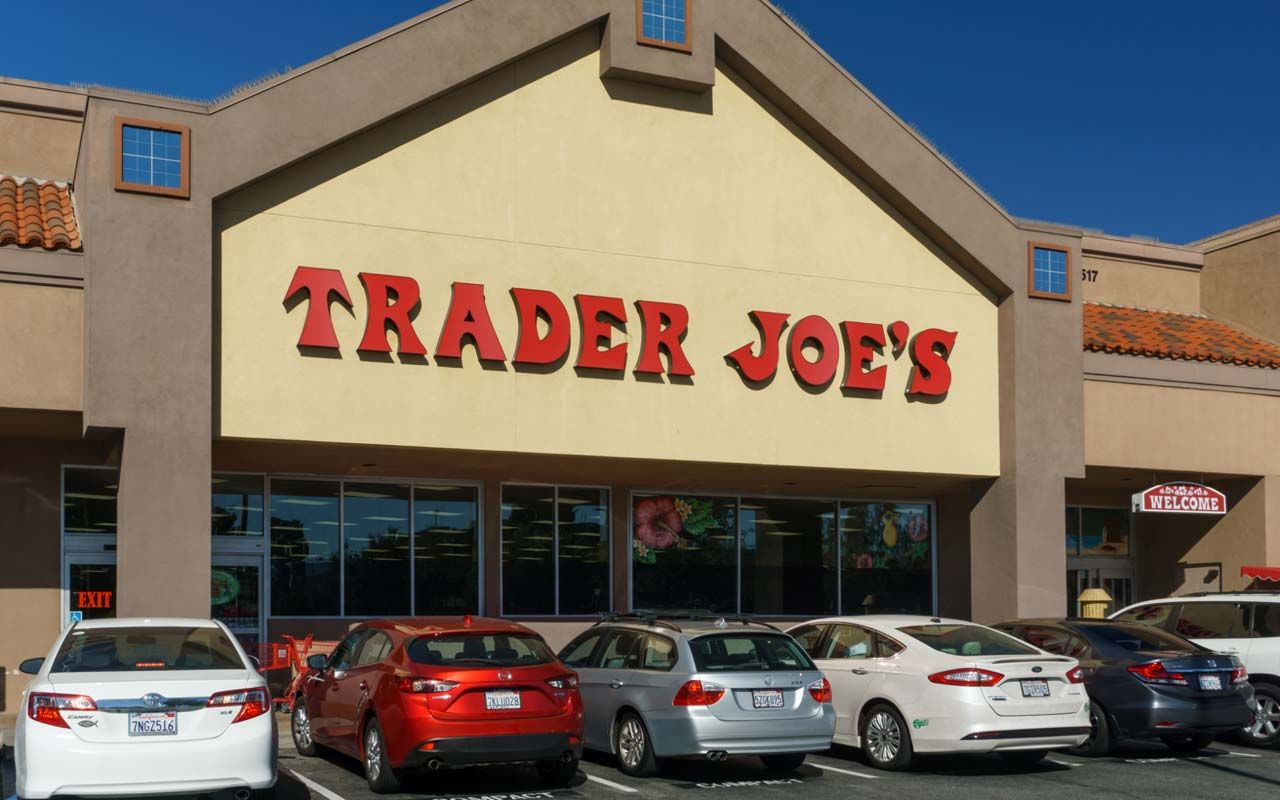 10 Secrets Trader Joe's Shoppers Need to Know