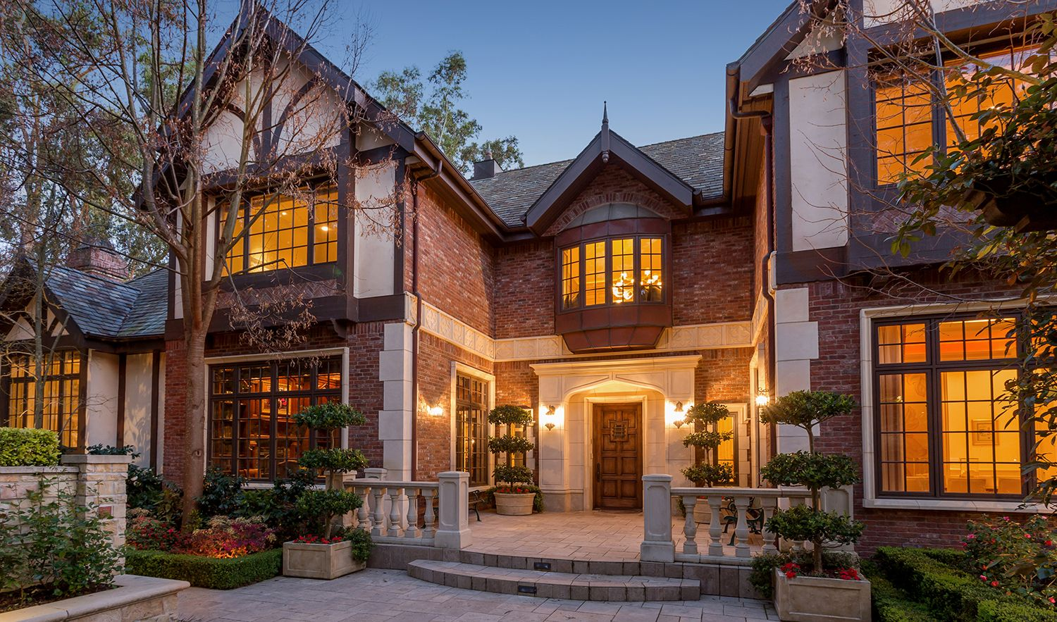 Extraordinary Home of the Week: X-Ceptional Atherton Tudor