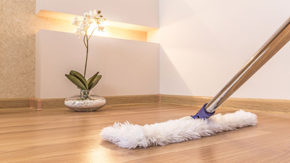 The 3 things mistakes you're making when mopping the floor — and how to fix them