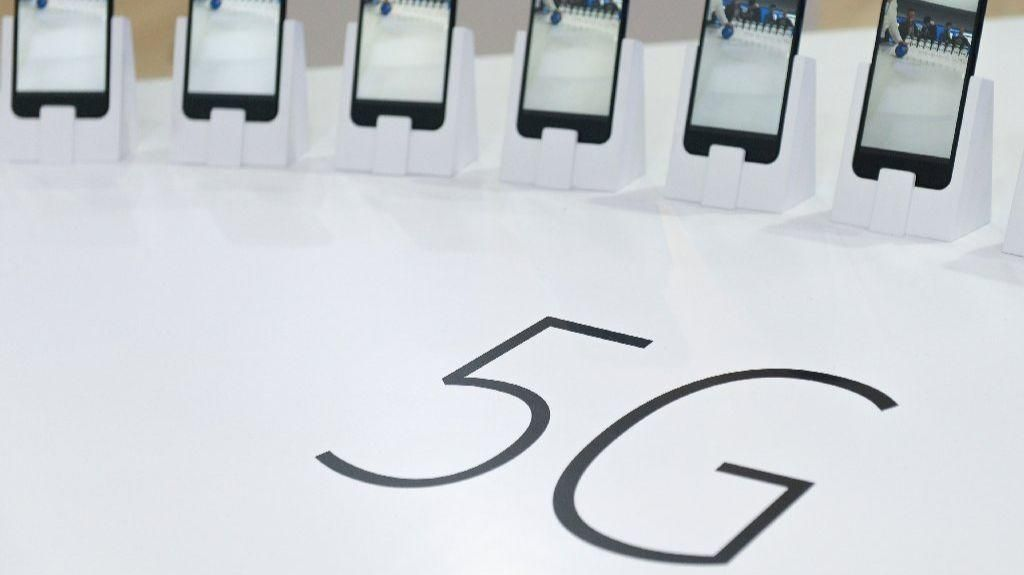 Mobile industry takes step toward 5G with approval of first key standard