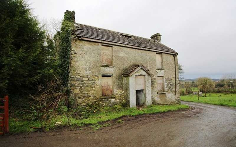 A beautiful stone farmhouse in Ireland for $53,000