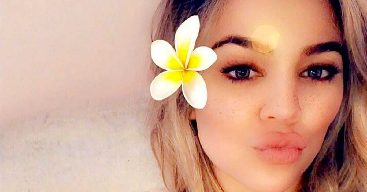 Khloé Kardashian Shares Her 'Exact Low Carb Meal Plan' Since Welcoming Baby True