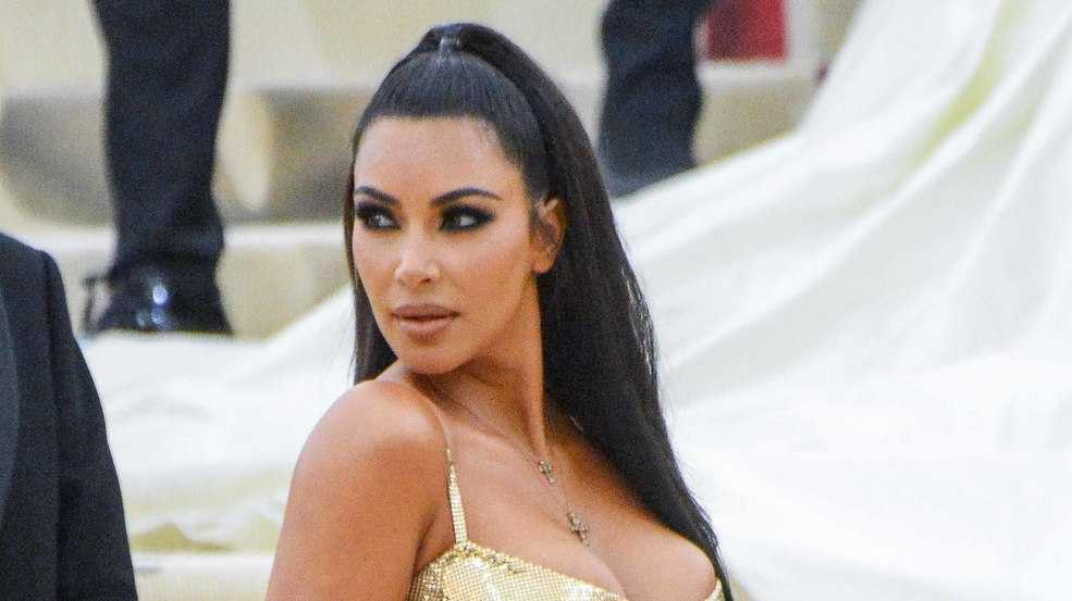 Kim Kardashian urges Twitter boss to introduce edit button