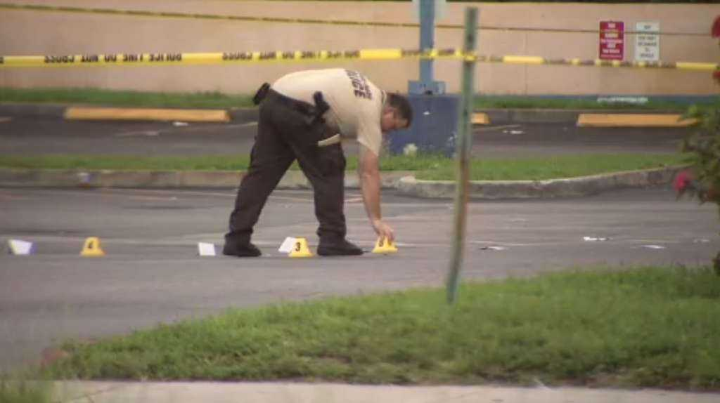 Man shot and killed in Miami Springs IHOP parking lot