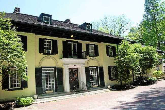 Group inks lease with Radnor Township for Willows mansion