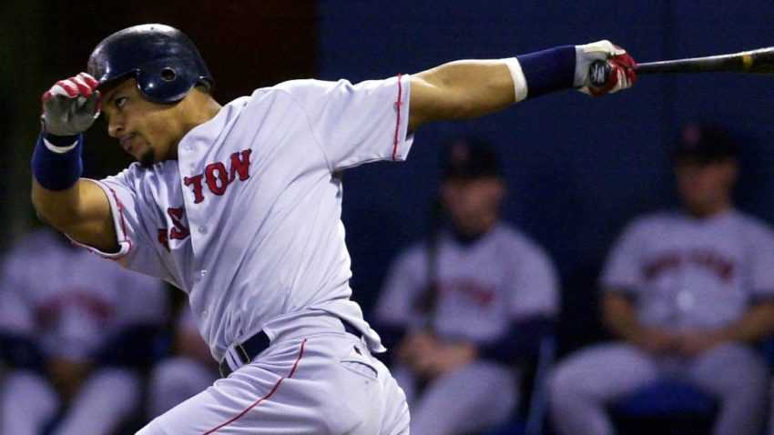 Here's how the Red Sox debuts of J.D. Martinez and Manny Ramirez compare