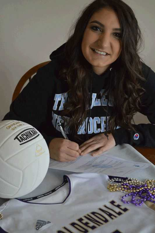 Goldendale's Sierra Plum signs on to set for College of New Rochelle