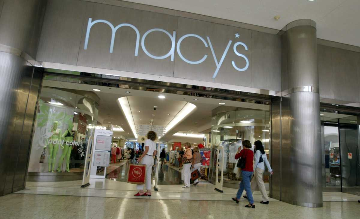 Macy's, Bloomingdale's Online Shoppers Targeted in Data Breach