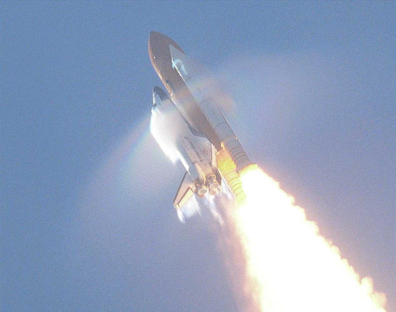 Watch a Rocket's Sound Waves Rip a Rainbow to Bits