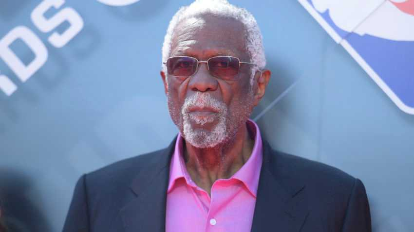 Bill Russell's middle finger was back in action at summer league