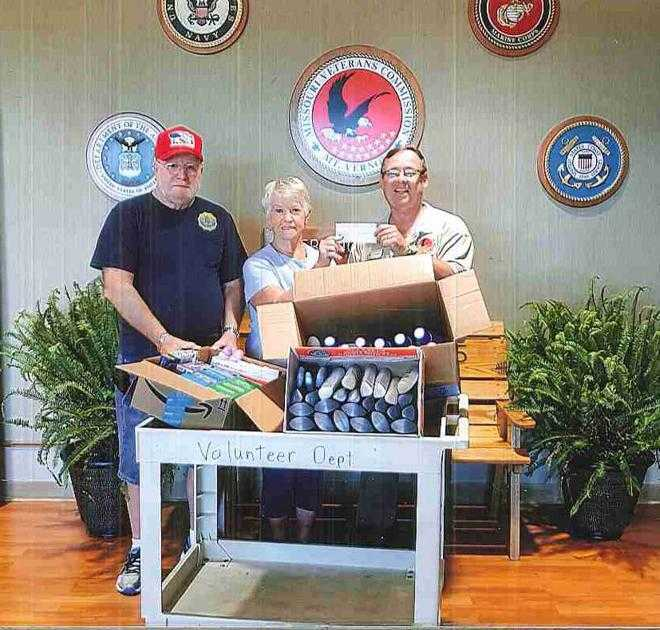 American Legion makes donation to veterans home