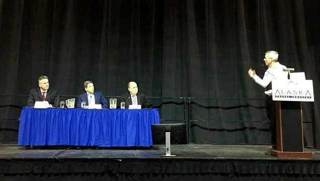 Walker Defends Record, Challengers Offer Alternatives in Governor-candidate forum