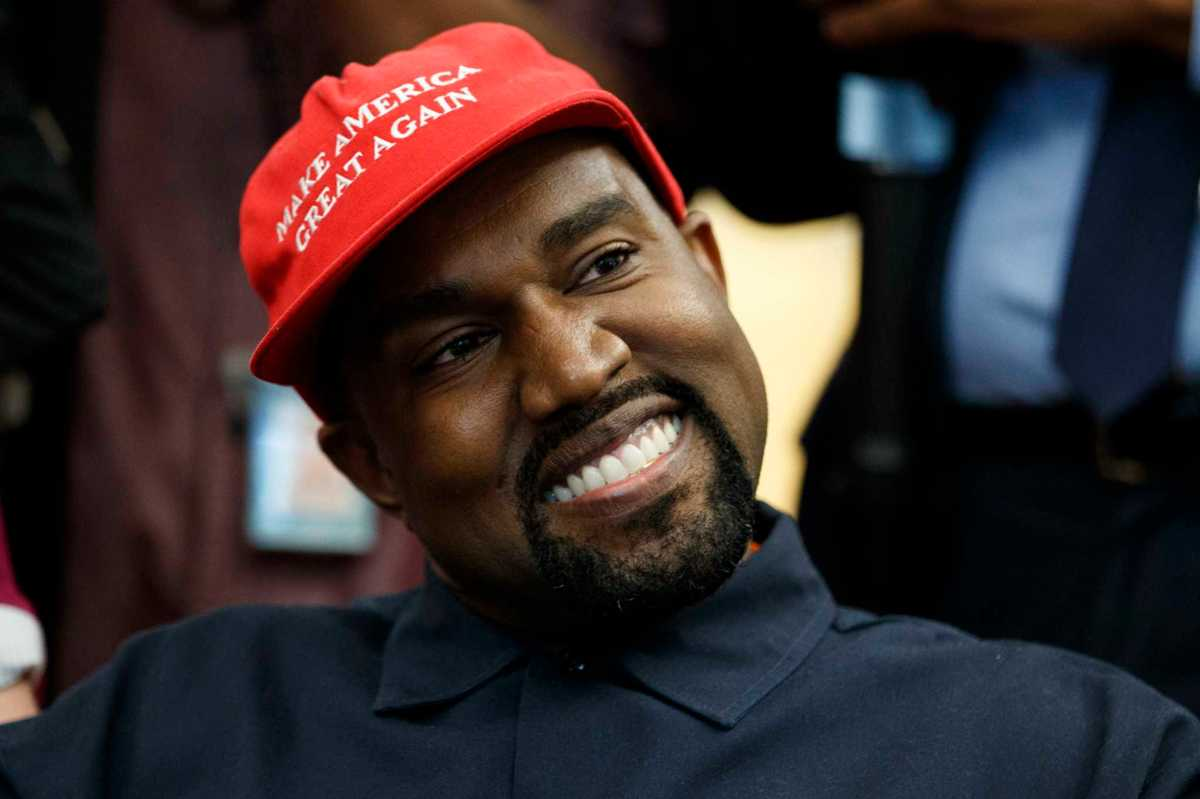 'We have to release the love': Kanye meets with Trump, Twitter implodes
