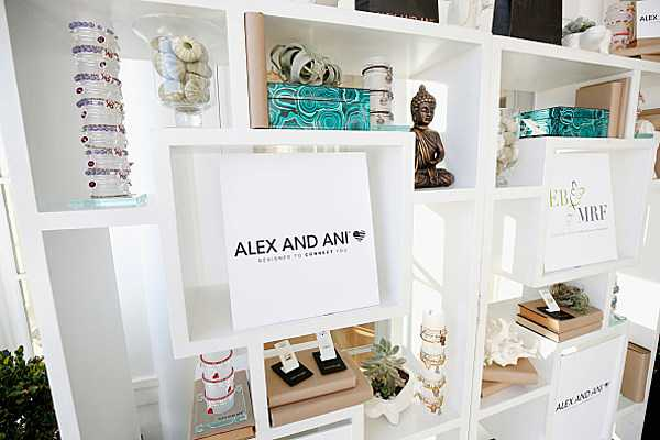 Alex and Ani Store is Coming to Cheektowaga