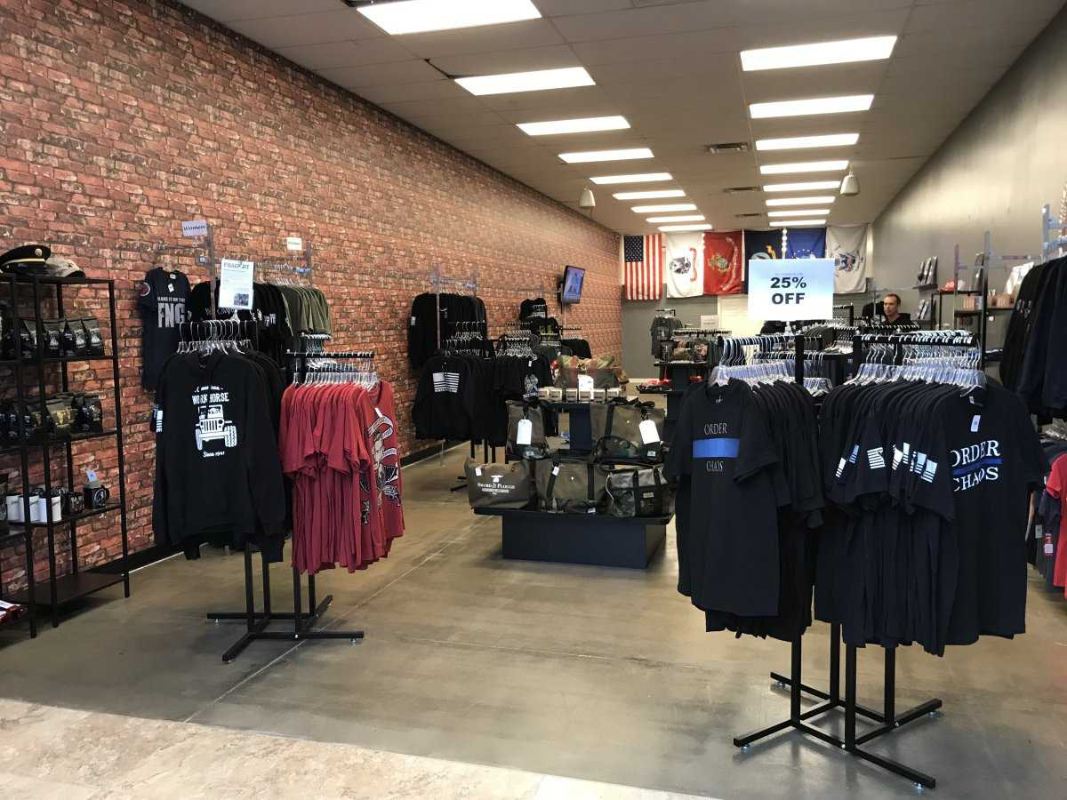 Indiana veteran launches clothing store in Noblesville to help small business owners