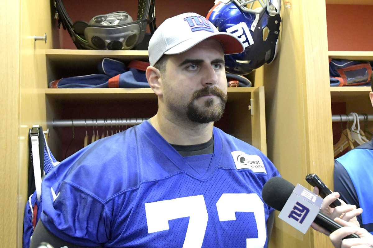 Giants reshuffling O-line again: Who's the odd man out?