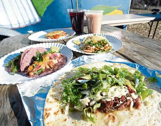 Review: Tierra Y Fuego turns out top-notch farm-to-plate tacos
