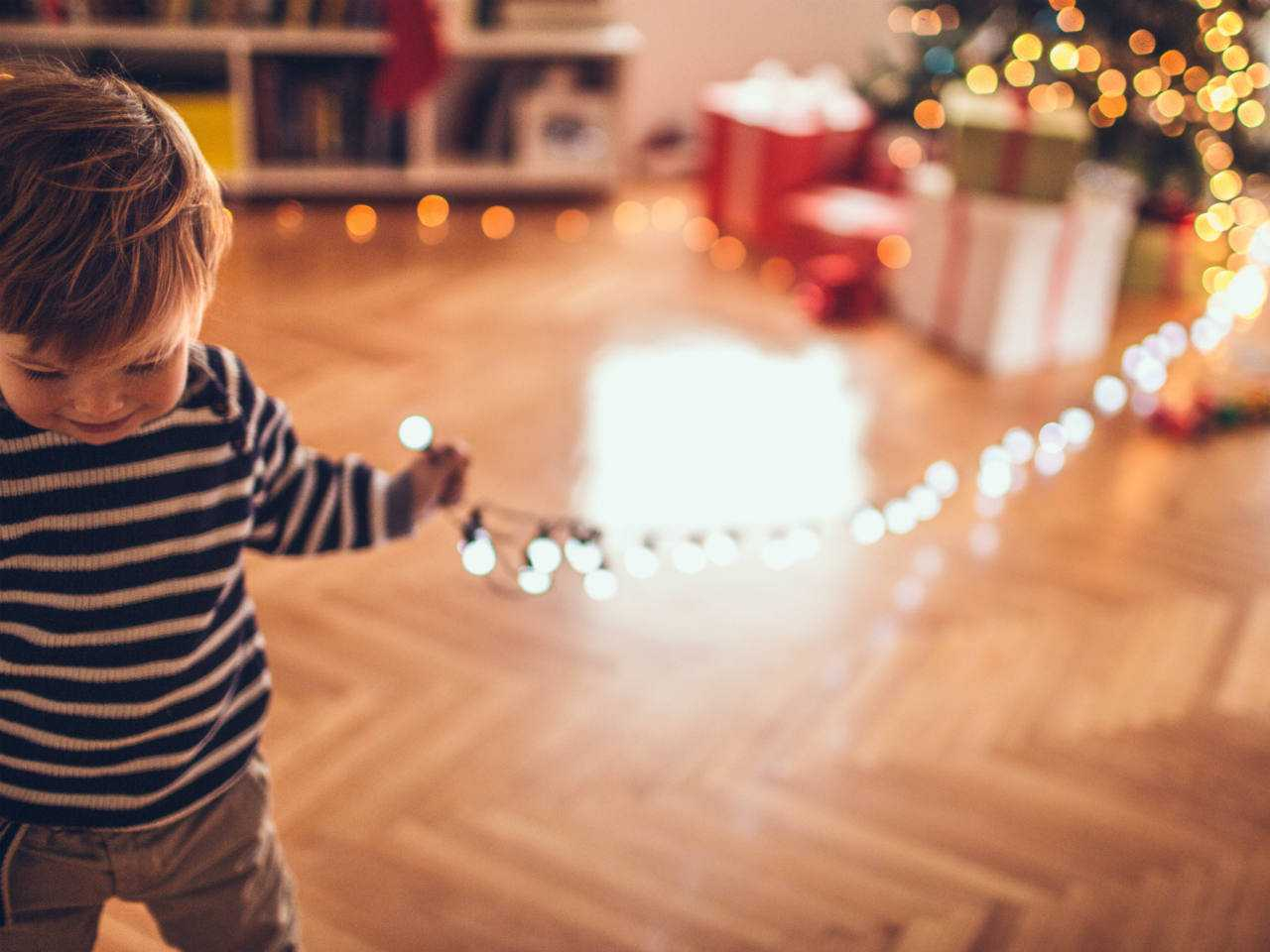 10 ways to toddler-proof your Christmas tree