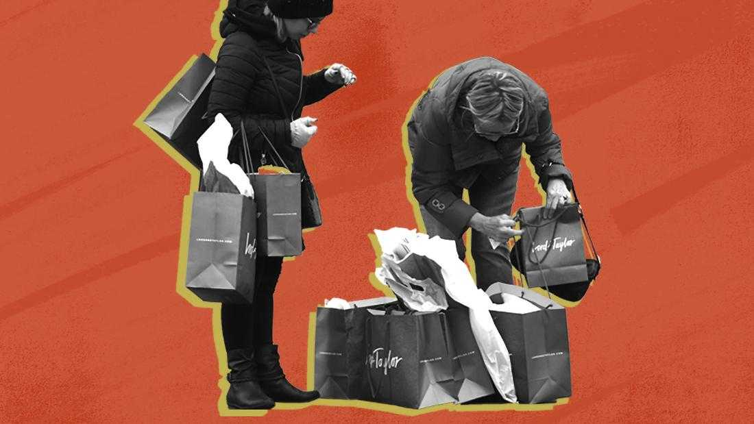 6  ways you're tricked into holiday shopping