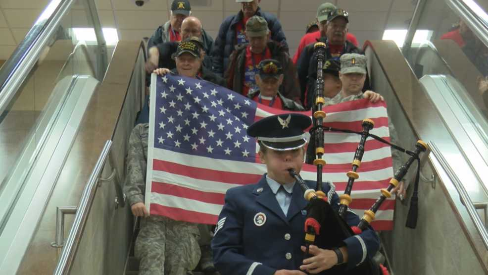 Reno-Tahoe Airport salutes Gold Star Families and veterans from Honor Flight
