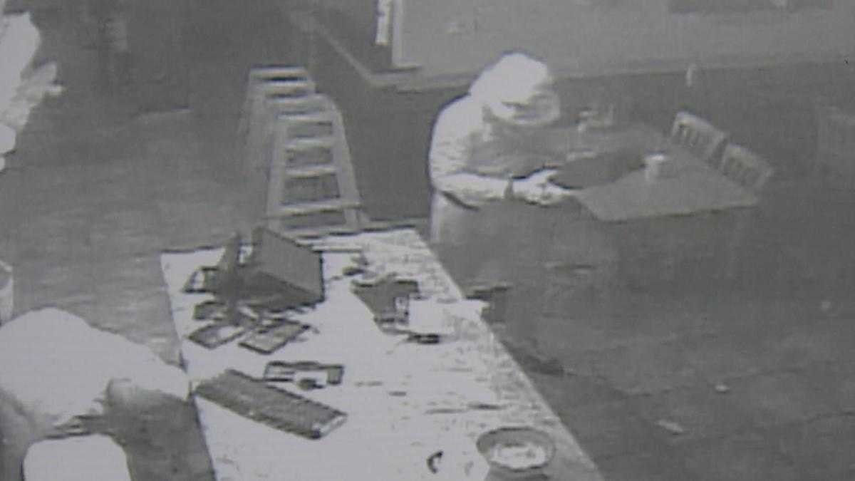 Video Shows Crooks Busting Through Business Doors in Mokena