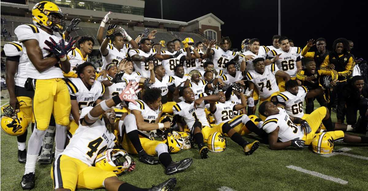 Fort Bend Marshall rallies past Huntsville to claim regional title