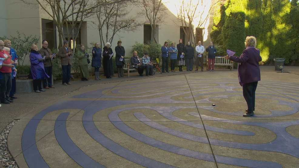 Labyrinth garden opens to help heal hospital patients in Tualatin