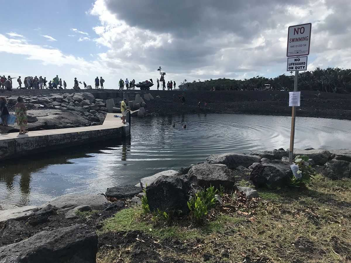 Months after lava swallowed Pohoiki, hundreds flock to reopening of Isaac Hale Beach Park