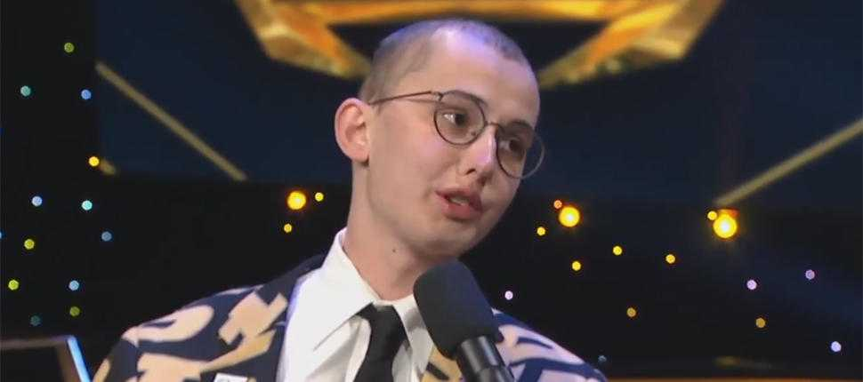 Tyler Trent honored with spirit award at College Football Awards