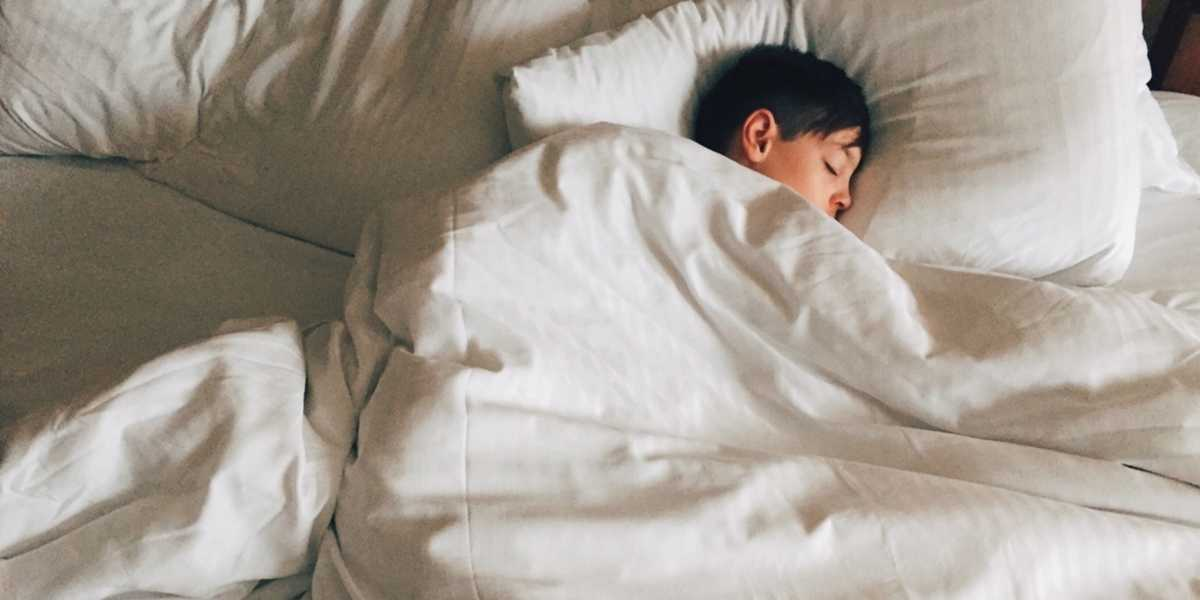How to make sure your kids get enough sleep during the busy holiday season