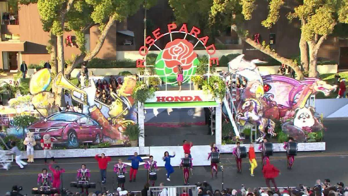 Pasadena Officials Provide Safety Tips for Rose Parade Ahead of Jan. 1 Event