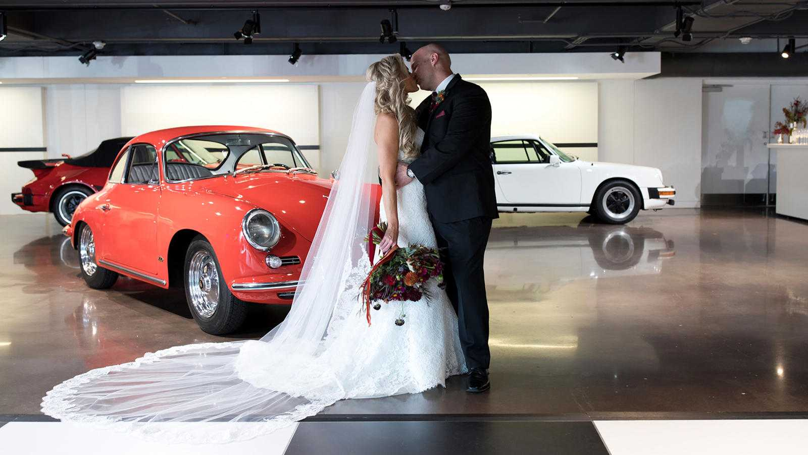 Couple Get Married At 70 MPH In Back Of A Porsche
