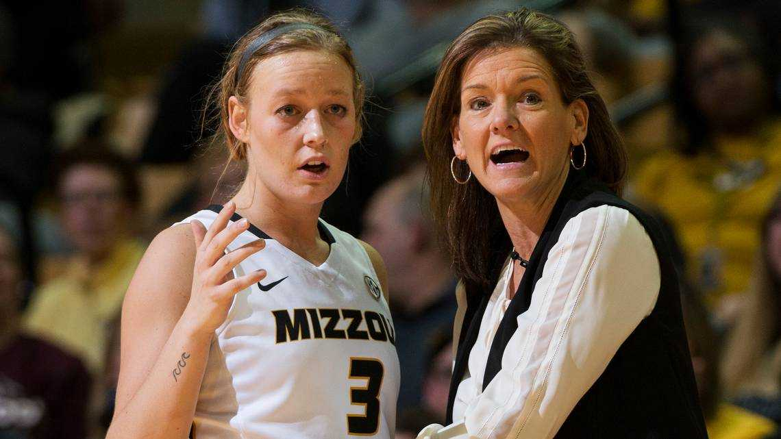 Robin Pingeton responds to criticism following Mizzou's upset win at No. 10 Tennessee