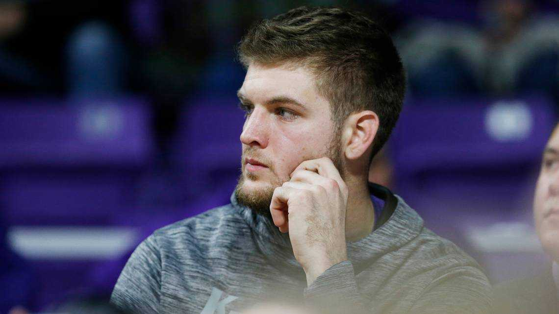 K-State Wildcats forward Dean Wade nearing return from foot injury