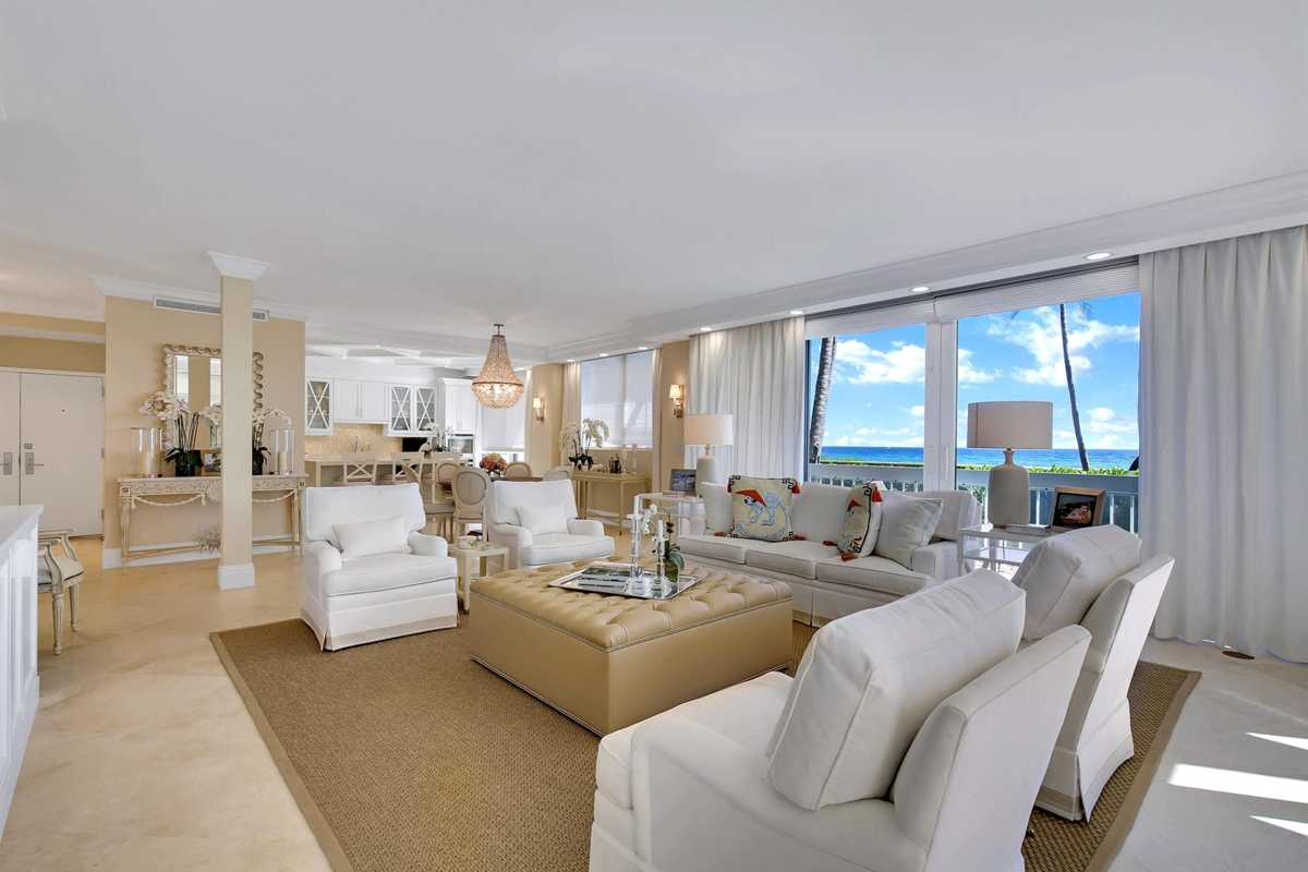 Palm Beach homes: Condo with ocean views on the market for $4.25M