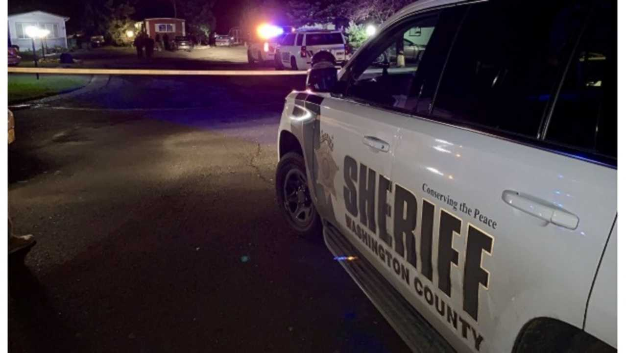 2 found dead at Aloha mobile home park