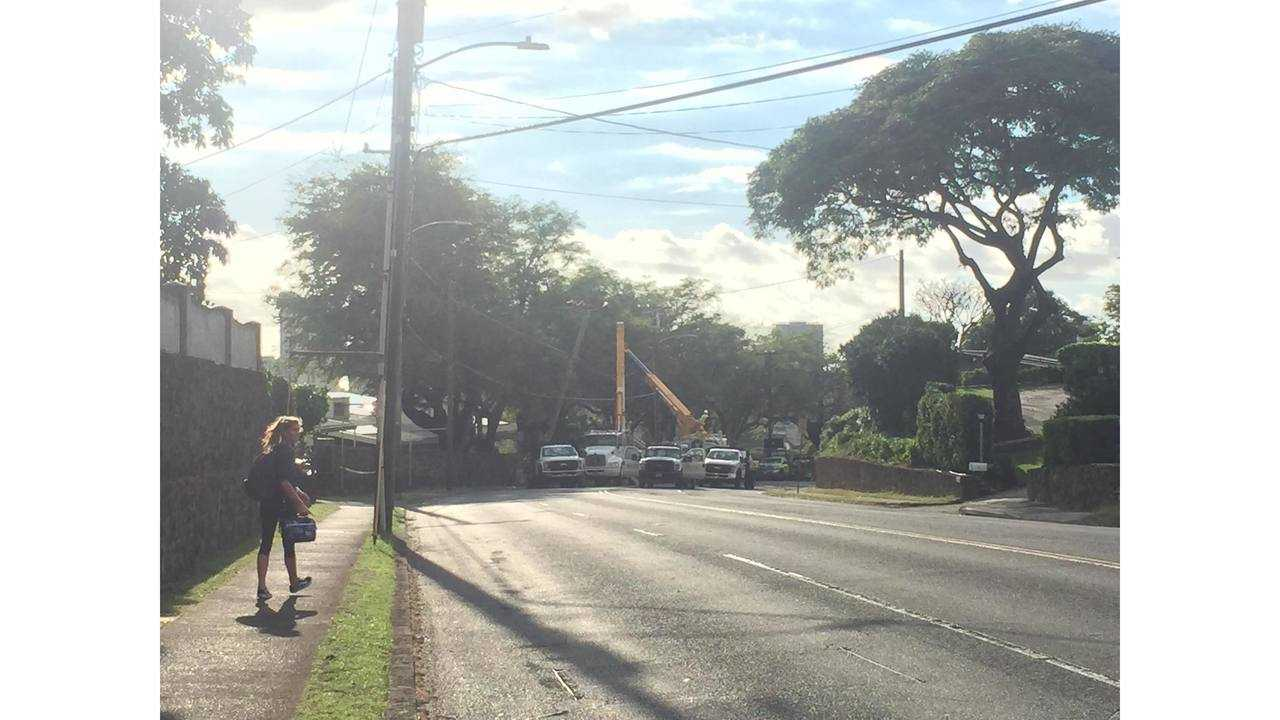 Busy Manoa road reopens