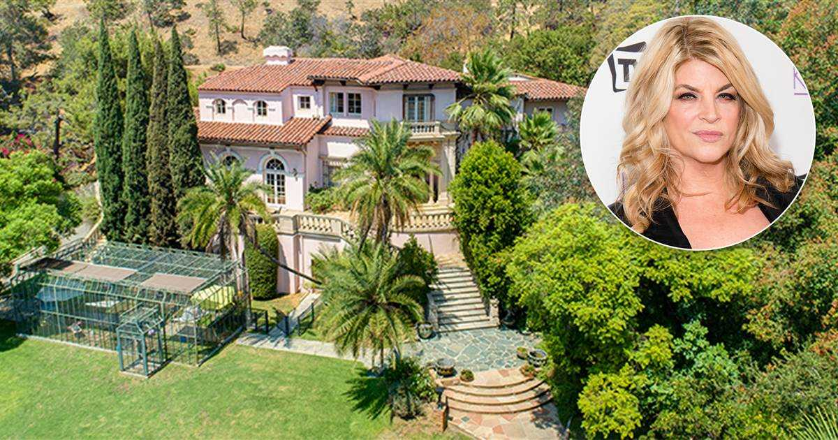 Kirstie Alley's jaw-dropping mansion looks like it belongs in Italy