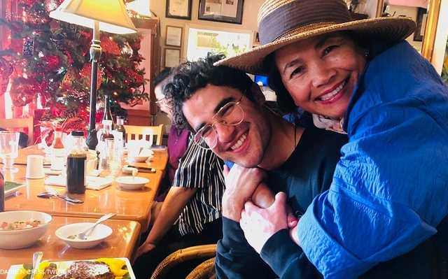 LOOK: Darren Criss eats 'Filipino treats' with Cebuana mother after Golden Globes win