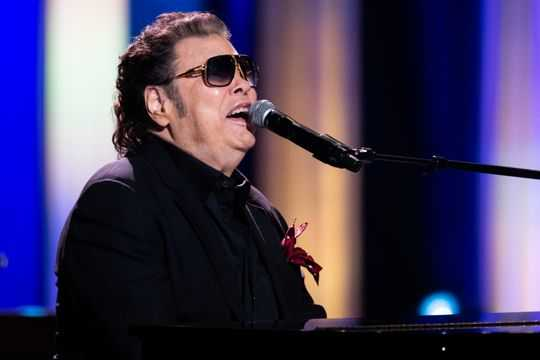 Ronnie Milsap celebrates hits with superstar duets; retirement not in his vocabulary