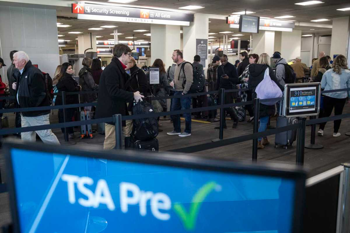 Shutdown effects are being felt at airports
