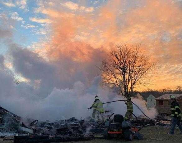 200 baby chickens killed in Dartmouth barn fire