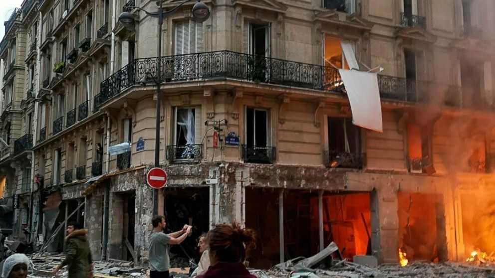 Body found in rubble brings toll to 4 in Paris bakery blast