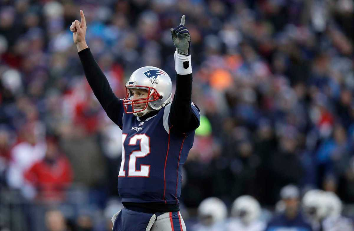 Patriots roll past Chargers to advance to AFC title game