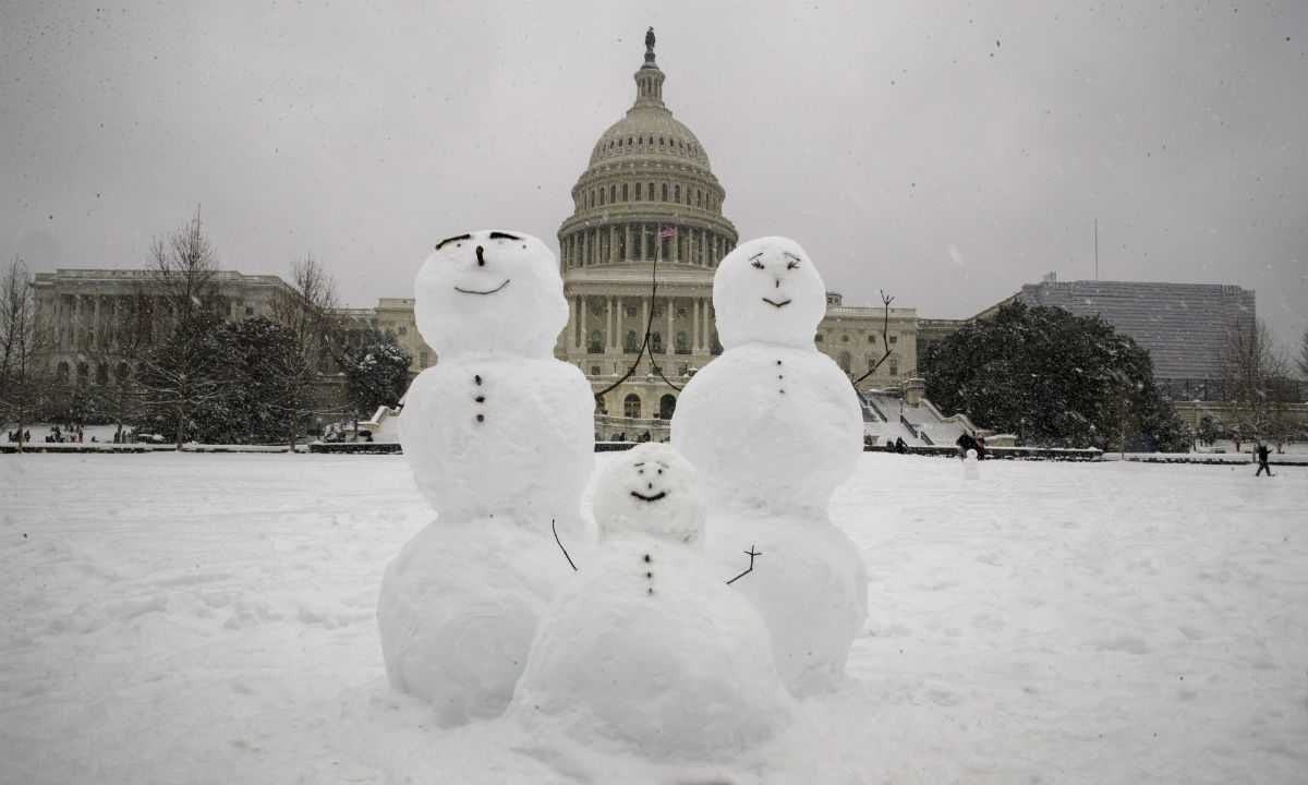 D.C. Area Agencies That Weren't Already Shuttered Will Close Monday Due to Snow