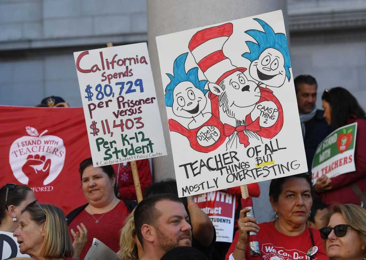 LAUSD Teachers Prepare to Strike Monday