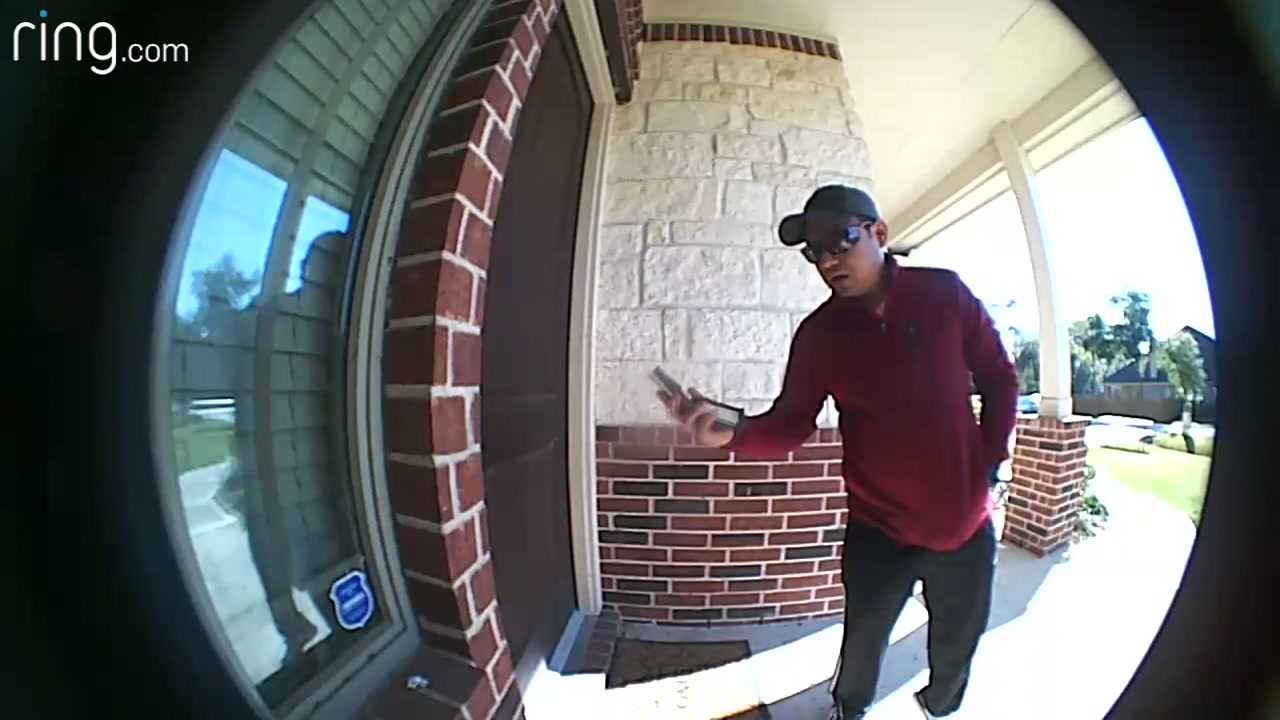 Man returns lost wallet to stranger's son in Tomball