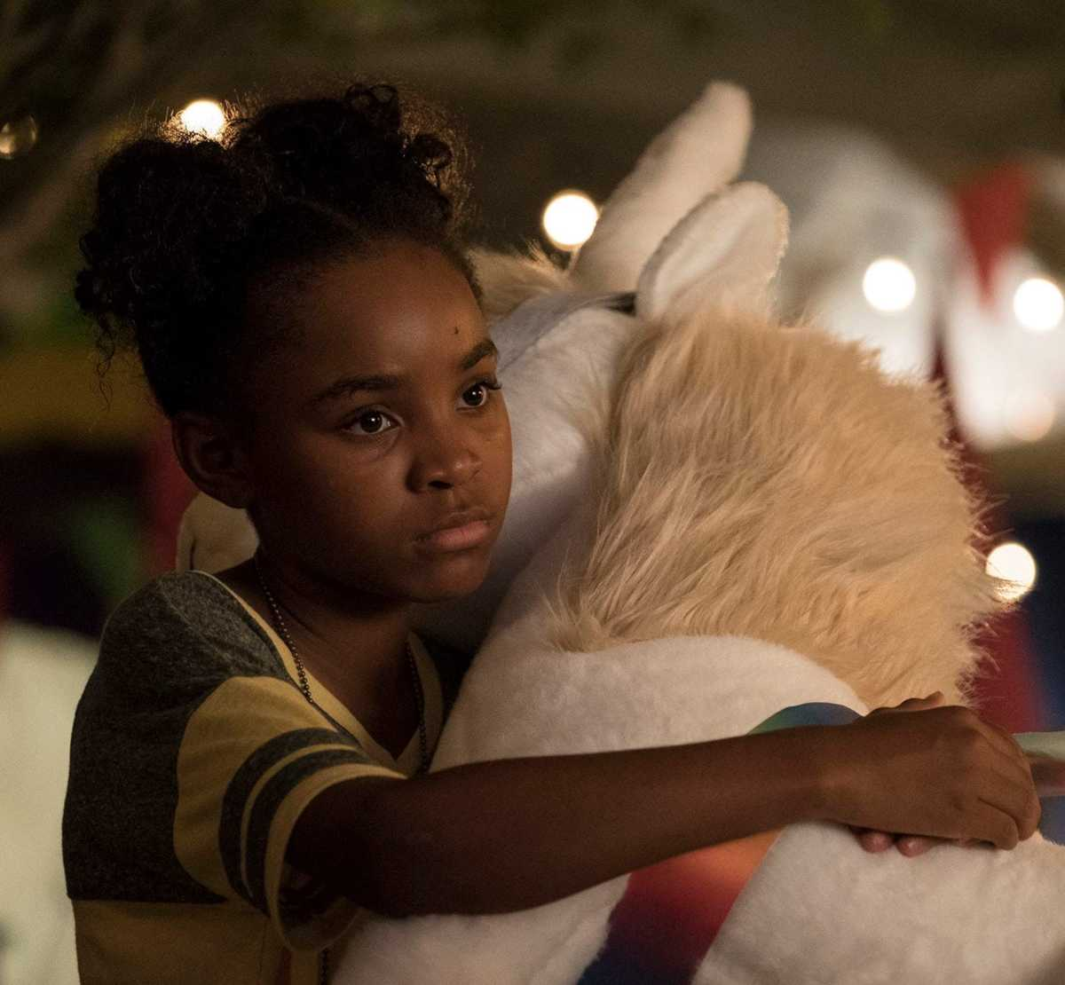 'The Passage': Another viral vampire story, with an appealing child who gives it life